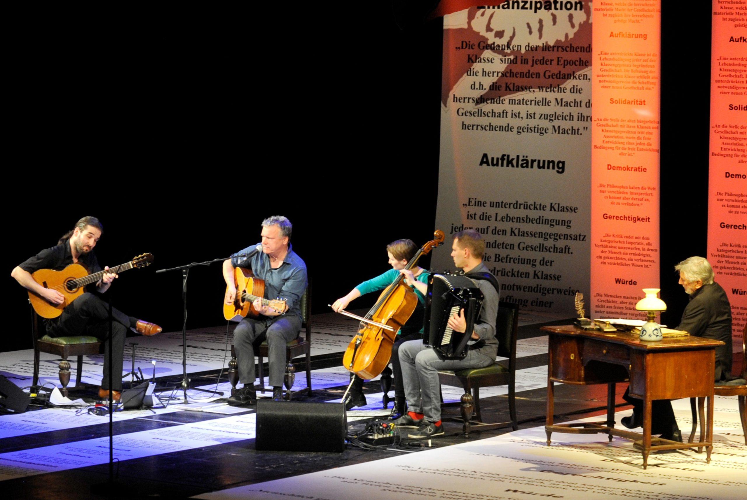 200 Jahre Karl Marx im Theater Trier. Foto: Cynthia Rühmekorf